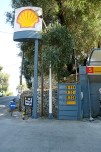 Shell Gas: in Euros and Litres (Think Dollars and Quarts)
